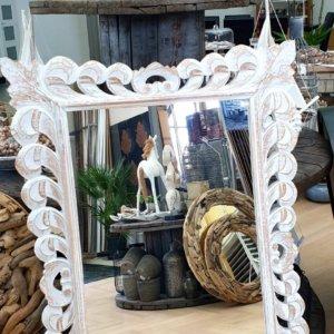 Zrcadlo s rámem řezba